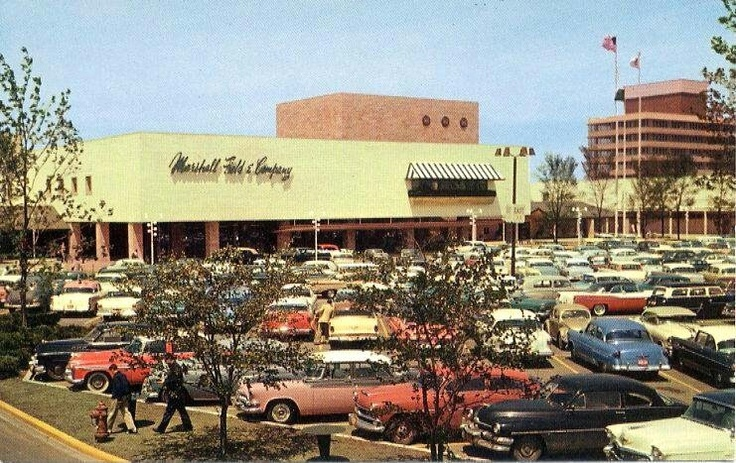 Westfield Old Orchard attracts customers interested in a great selection of stores and restaurants including Apple, Nordstrom, Maggiano's Little Italy, Tiffany & Co., Tesla, and The North Face.