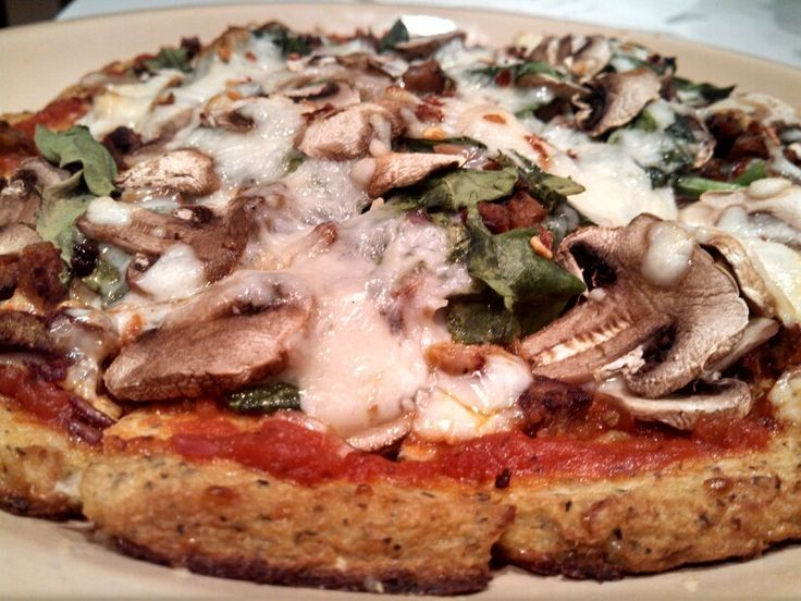 Cauliflower-Crust Vegetarian Pizza With Mushrooms And ...