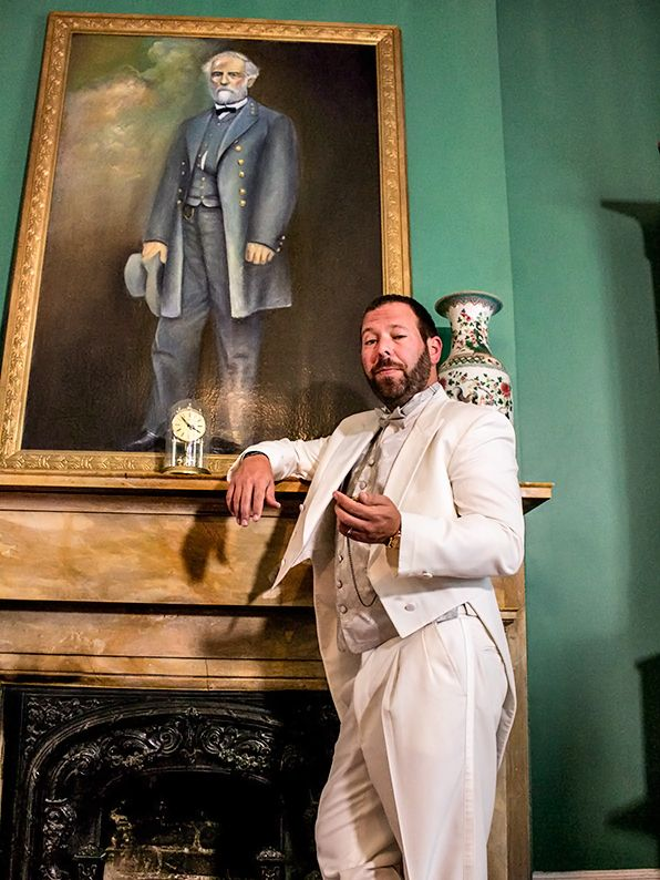 After meeting a group of southern belles and being schooled in manner and etiquette, Bert Kreischer plays dress-up and pretends to be a real Southern gentleman!