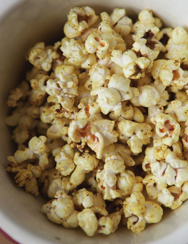 Curry Butter Popcorn | Appetizers and Snacks | Pinterest