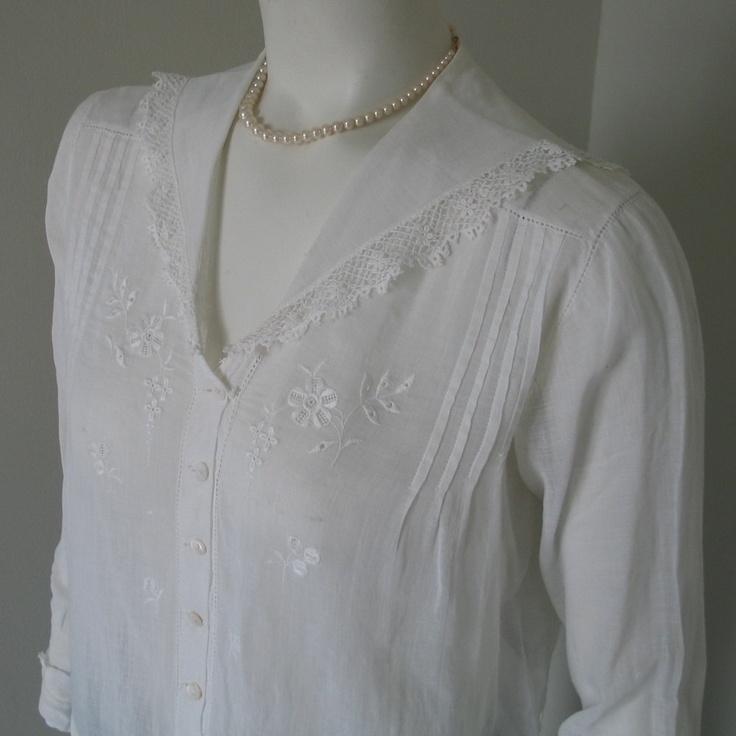 White Sailor Blouse With Lace Trim 42