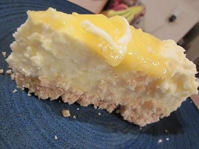 Lemon Curd Mousse Cake | Lemon Cake | Pinterest