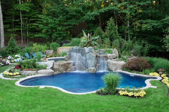Nice freeform tropical look pool tropical pool gazebos for Nice small pools