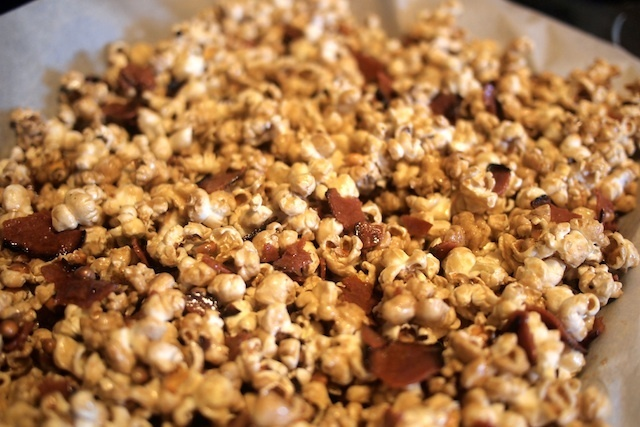 Bacon Caramel Popcorn   Dessert   Pinterest