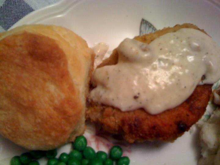 Pan Fried Pork Chops With Milk Gravy | ~Savory Dishes~ Recipes and Ti ...