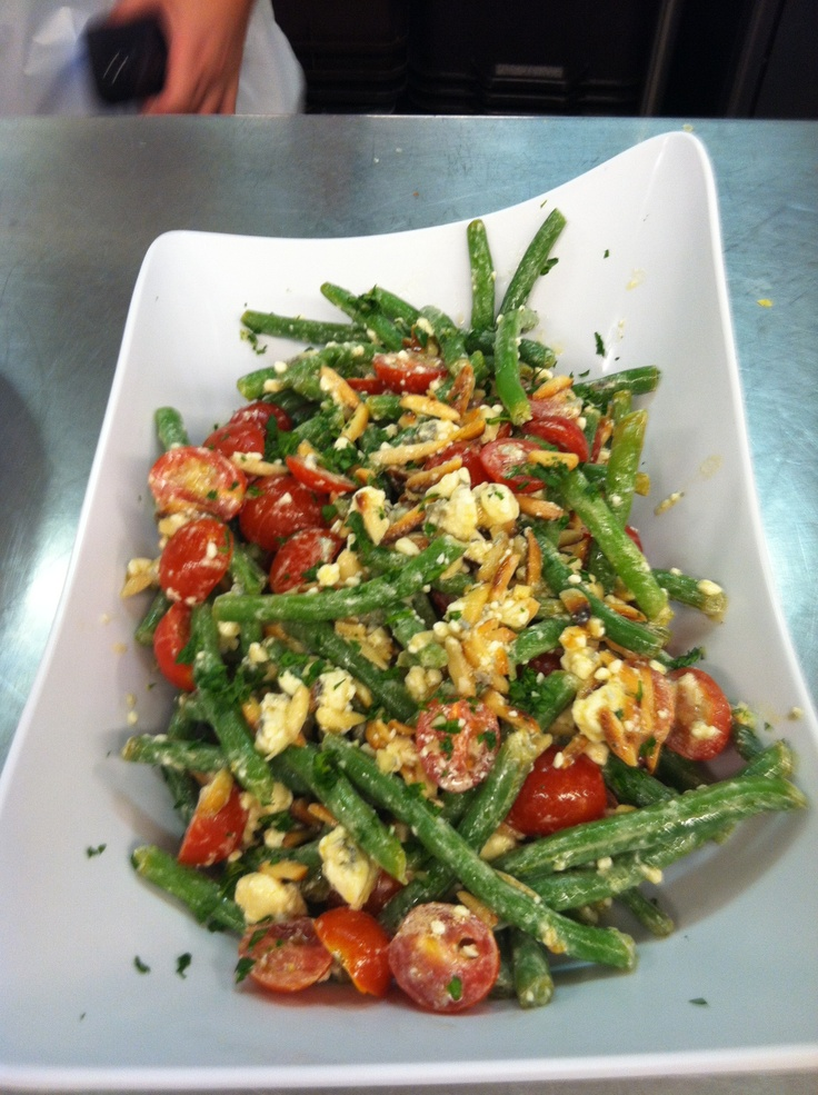 Green bean salad: made it myself Green beans Almonds Cherry tomatoes ...