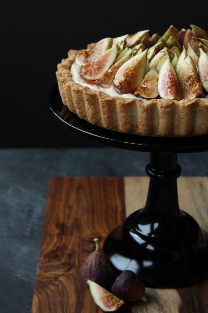 Fig, almond and mascarpone tart. YUM!! Amazing. Figs are in season right now. Find them at your local Farmer's Market!