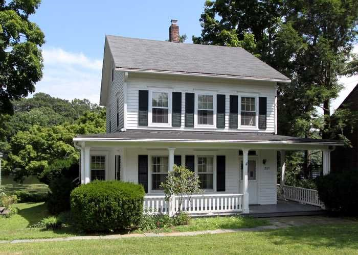 Nice Little Farm House Dream Home Barn Pinterest
