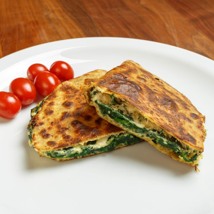 Spinach Pie Quesadilla | My blog - sweesoursavory.com | Pinterest