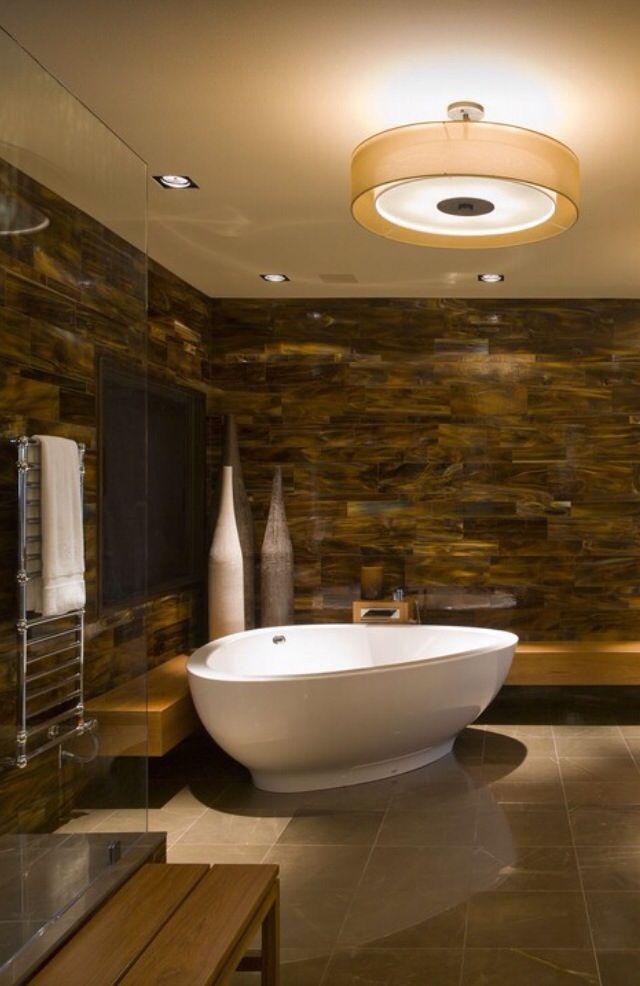 La vasca da bagno piu grande del mondo design casa for Tende beige e marrone
