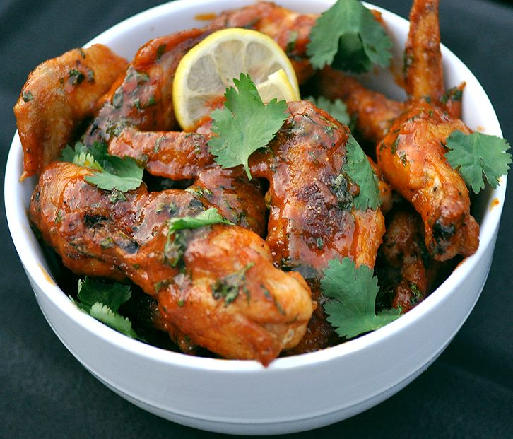 Spicy Sriracha Chicken Wings | Yummy tummy substances | Pinterest