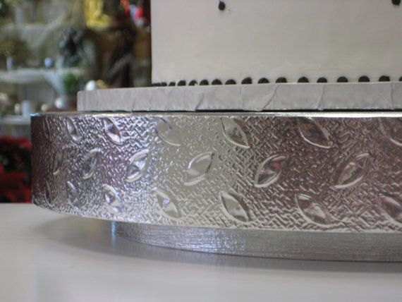 Cake Stand 16 Inch Silver Petals