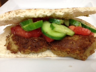 ... Meatless Monday recipe: Falafel Sandwich With Tomato-Cucumber Salad