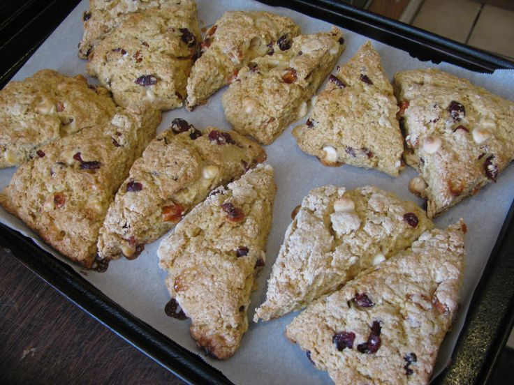 Peach Cranberry White Chocolate Scones with only 218 calories!