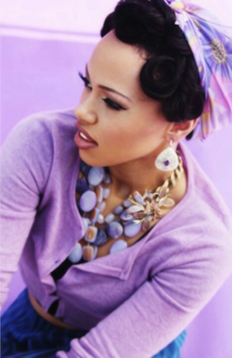 elle varner color and scarfso fly love the natural