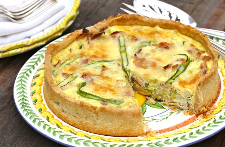 Spring Asparagus, Leek, and Bacon Quiche | Savory Bites | Pinterest