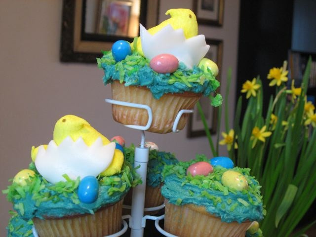 Chick-and-egg Easter treats that we made with store-bought candy and home-made cupcakes.