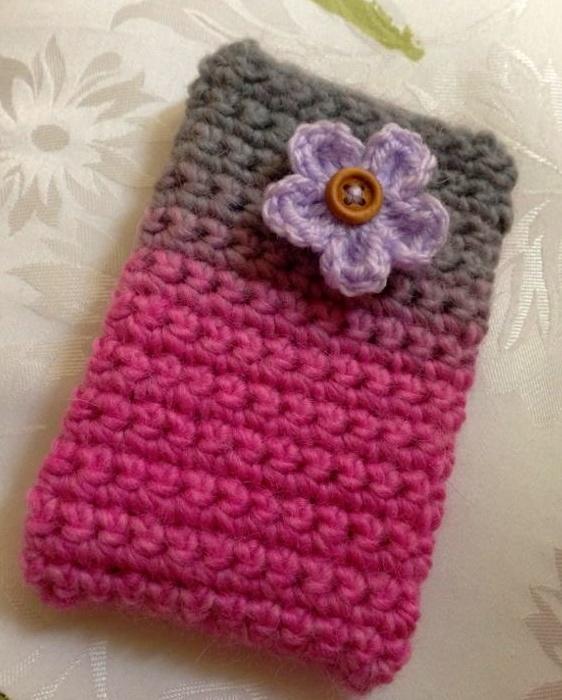 crochet iphone case Ima make this... Pinterest