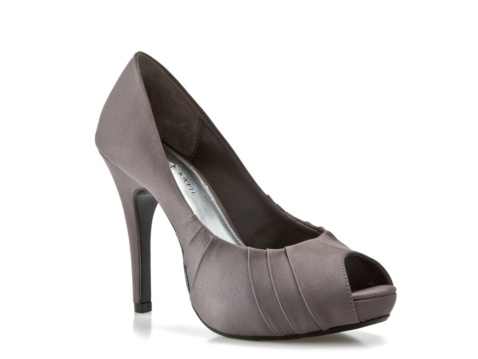 Toed pump in navy blue for 39 95 at dsw kelly amp katie daffodil pump
