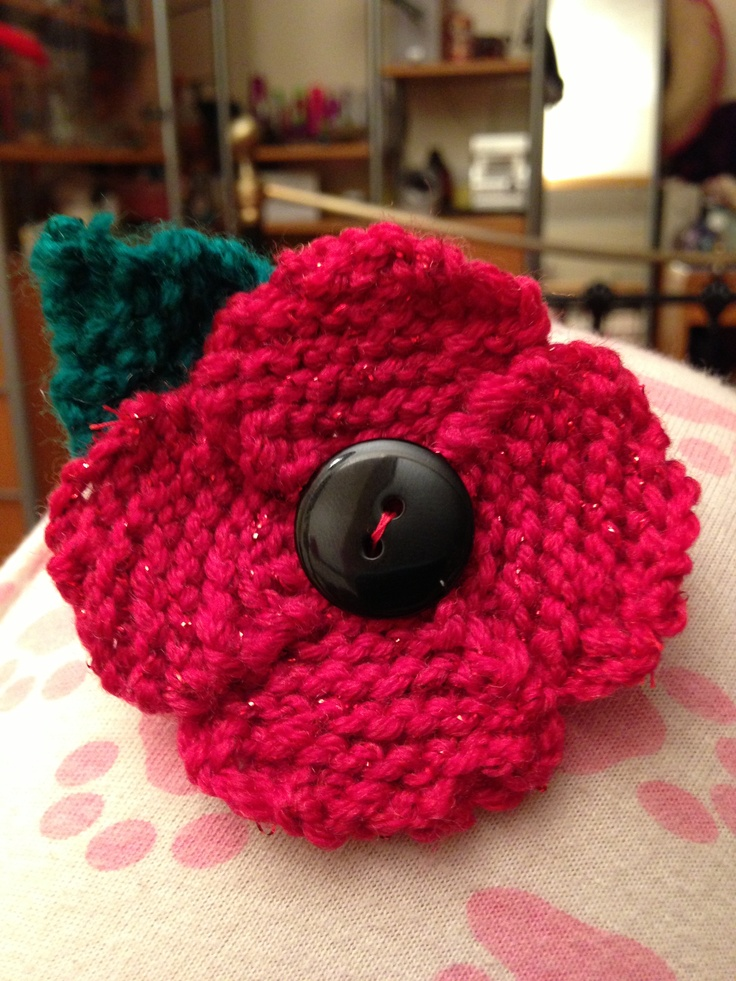 Knitted Poppy Pattern For British Legion : British legion poppy for Priya Knitting and Crochet Pinterest