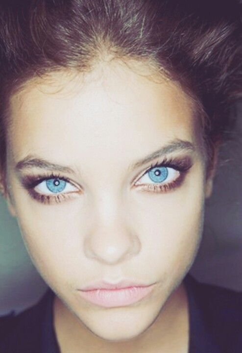 Gallery For gt Bright Blue Eye Contacts