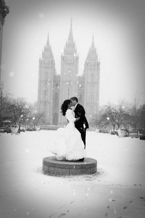 perfect winter wedding shot