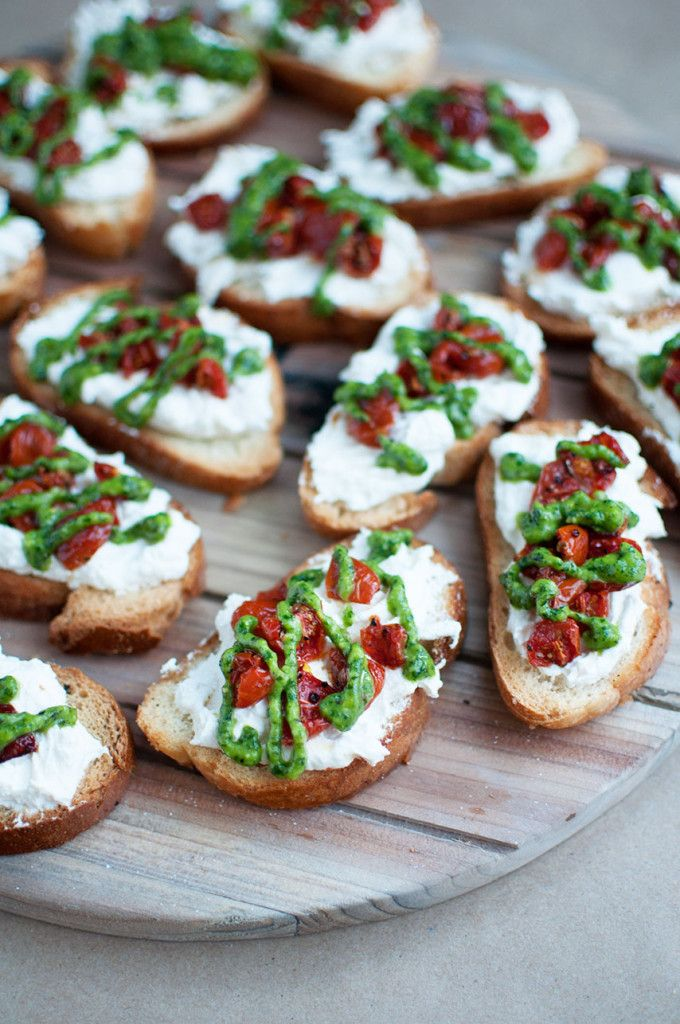 Roasted-Tomato-Crostini-2 | Appetizers | Pinterest