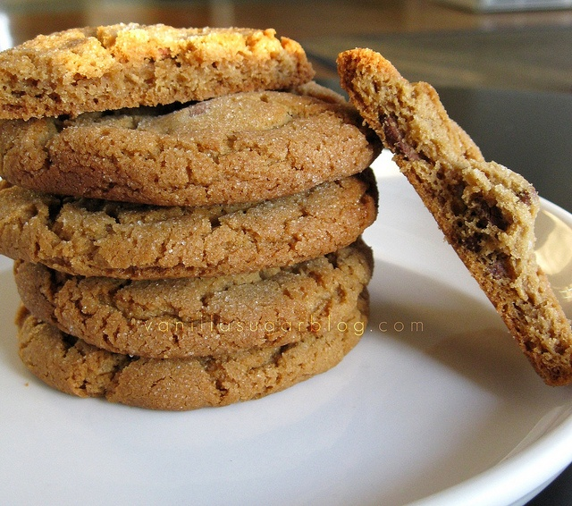 peanut butter-chocolate chunk cookies | PEANUT BUTTER & CHOCOLATE ...