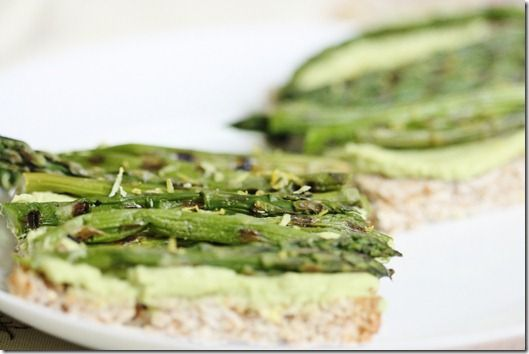 Spring Tartine with Sweet Pea Hummus, Grilled Asparagus, and Lemon ...