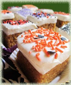 Paul's Pumpkin Bars with a lemony cream cheese frosting | Wine Imbiber