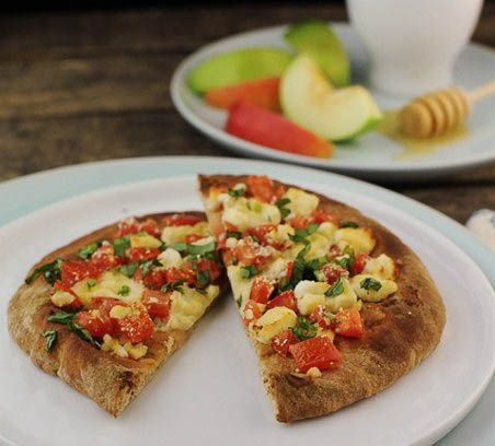 Greek Pita Pizza on @Patti Stamp Parents from The Six O'Clock Scramble