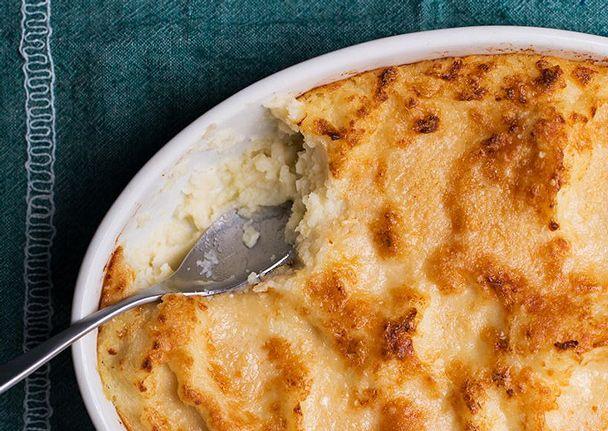 Mashed Potato and Cauliflower Gratin | thanksgiving | Pinterest
