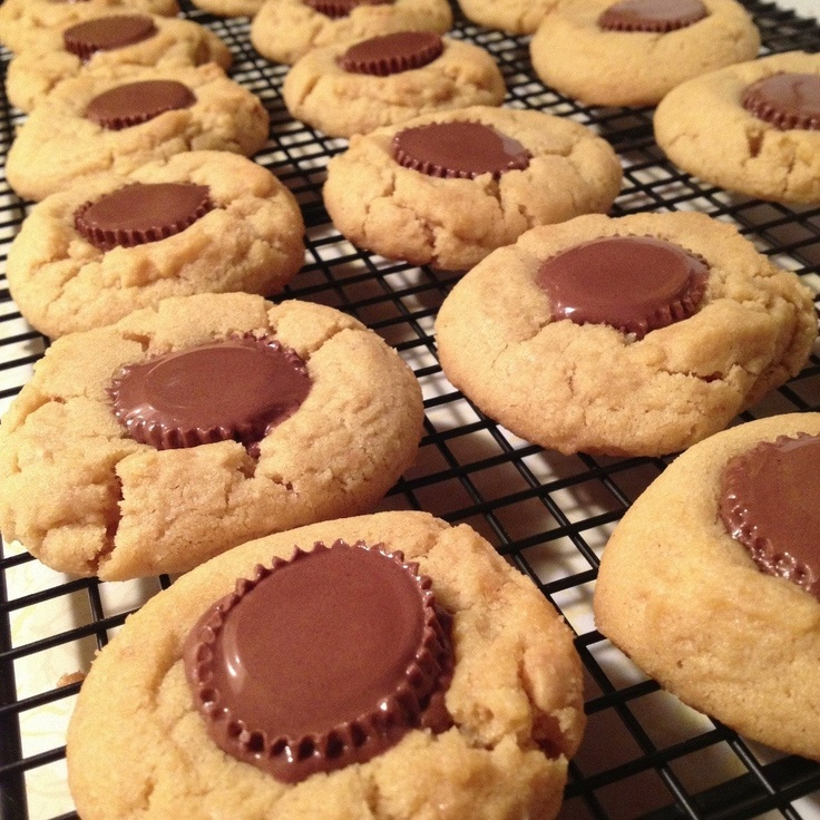 cup Peanut butter cookies - Cooking at home #CookingAtHome #Homemade ...