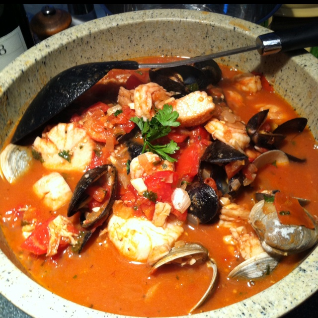 Seafood Cioppino yuuuum   Good Eats   Pinterest