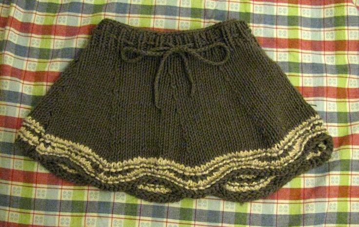 Knitting Pattern Baby Skirt : Caidens skirt - free pattern Knitting: Baby / Girl Dresses Pinte?