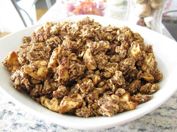 Apple Cinnamon Granola | Yum! | Pinterest