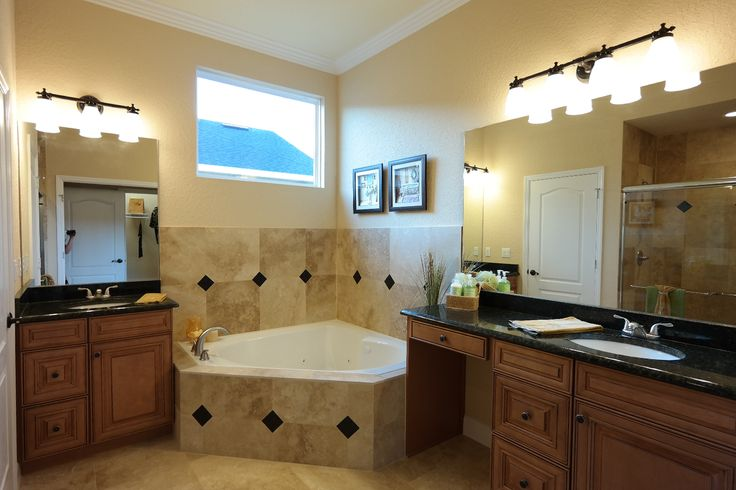 Master bathroom vanities - The Master Bath Features Granite Countertops His And Her Vanities A