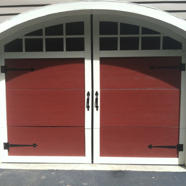 Pin by ann black on awesome garage ideas pinterest for Garages that look like barns