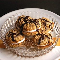 Chocolate Oatmeal Moon Pies | Moonpies... | Pinterest