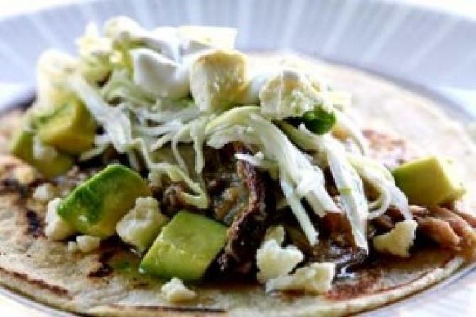 Salsa Verde Carnitas | If I dont burn the kitchen down... | Pinterest