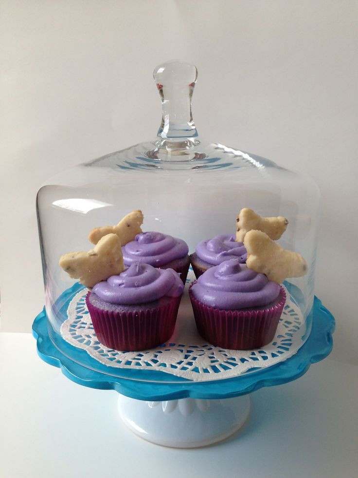 Lavender Tea & Honey Frosted Lavender Cupcakes Filled With Lavender ...