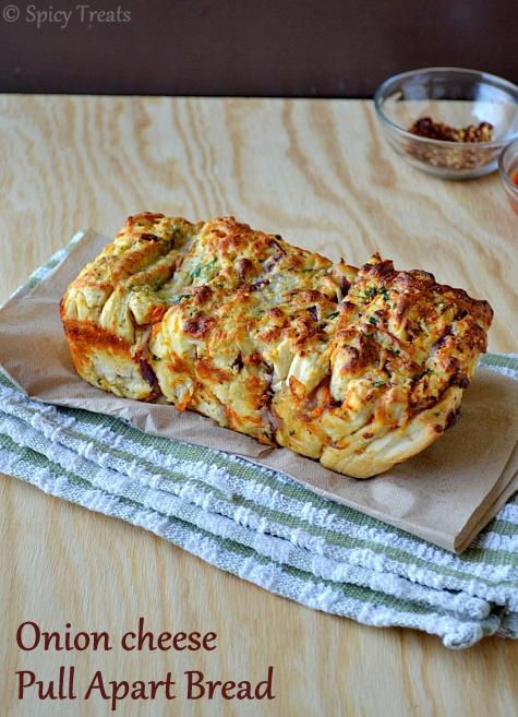 Spicy Treats: Onion Cheese Pull Apart Bread / Cheesy Pull Apart Bread ...