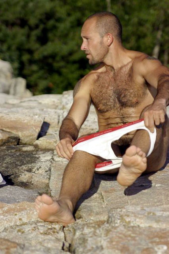 GETTING NAKED | Hot and Hairy Men | Pinterest