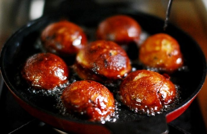 Unniyappam - banana coconut fritters | desserts & sweets | Pinterest