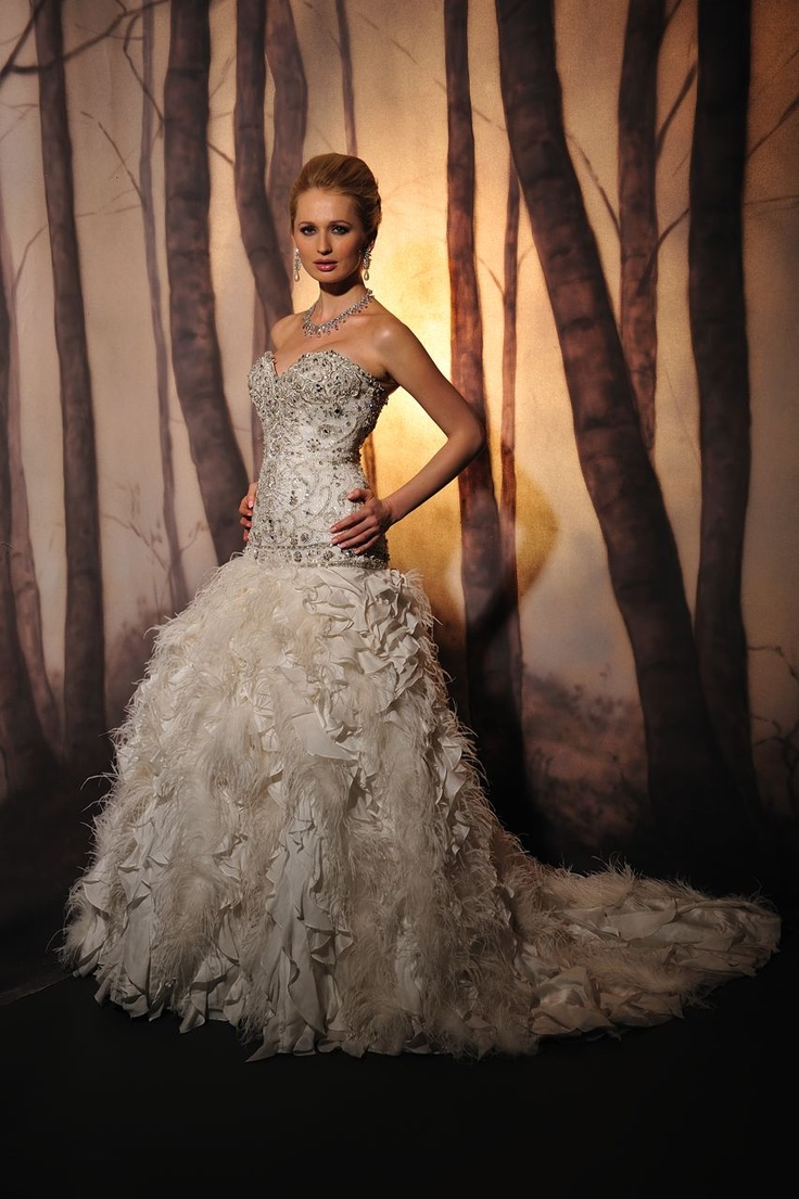 Ysa makino by stephen yearick wedding dresses pinterest for Ysa makino wedding dress