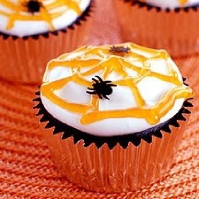 Halloween spider web cupcake!!