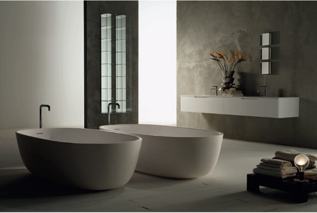 Get inspired bathtub iceland boffi with stainless steel taps pipe modern - Moderne badkraan ...