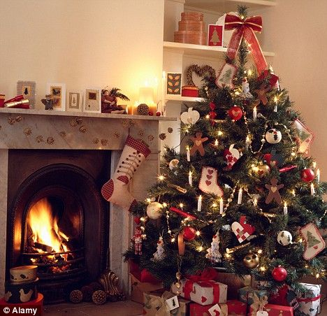 christmas tree and fireplace #red #traditional