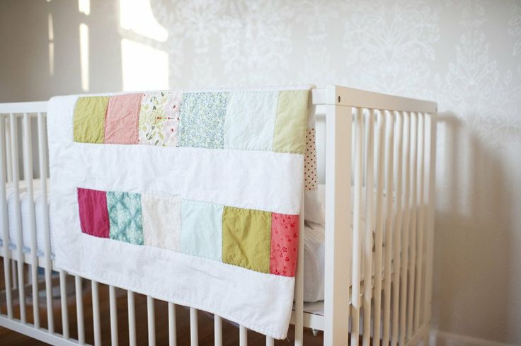 simple quilt | Baby girl nursery inspiration | Pinterest