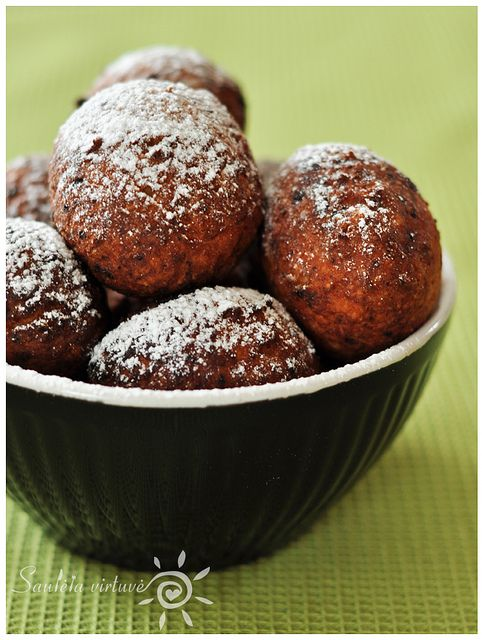 Chocolate-Filled Doughnuts | Doughy Goodness | Pinterest